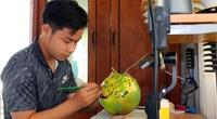 Long An: Đắp chữ nổi 3D lên trái dừa chưng Tết, vừa đăng facebook, trai đẹp này đã nhận được hàng chục đơn