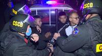 """Nhóm thiếu niên """"choai choai"""" chuyên tụ tập đánh võng, tạt đầu xe trêu chọc cảnh sát"""