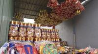 Đà Nẵng: Cận Tết người làm vàng mã sản xuất cầm chừng
