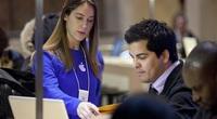 Apple tuyển 300 nhân sự cho sản phẩm đối đầu Vinfast?