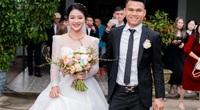 """Cầu thủ """"nghèo"""" nhất U23 Việt Nam """"đổi vợ"""" giữa đường rước dâu"""