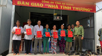 """An Giang: 7 hộ dân bị """"bà hoả"""" ghé thăm vui mừng có nhà mới đón Tết"""