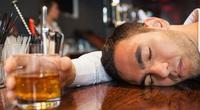 Vì sao mặt lại đỏ sau khi uống rượu bia?