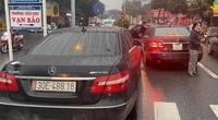 """Xác minh vụ 2 xe Mercedes biển số giống """"y đúc"""" cùng chạy trên phố Hà Nội"""