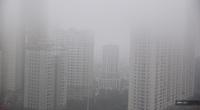 Hà Nội tắc đường cả tiếng, sương mù bao trùm toàn thành phố