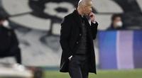 Real Madrid bị Barcelona vượt mặt, Zidane nổi điên với trọng tài