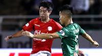 """Lee Nguyễn đá vui ghi 3 bàn, bầu Đức ký hợp đồng """"khủng"""""""
