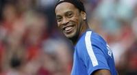 Clip: Chiêm ngưỡng những tuyệt kỹ qua người của Ronaldinho
