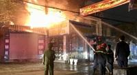 Hải Phòng: Đang cháy lớn trên phố Thiên Lôi
