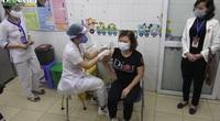 Video: Cận cảnh mũi tiêm vắc xin Covid- 19 đầu tiên tại tâm dịch Hải Dương