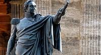 Vì sao phát xít Đức ra sức bảo vệ  tượng đài nguyên soái Nga?