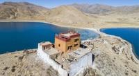 Đây là ngôi đền cô đơn nhất thế giới, cách khu dân cư gần nhất tới 160 km