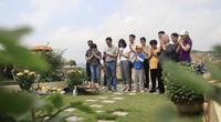 Tiết Thanh minh giữa mùa Covid-19: Người dân chọn nhiều hình thức để tảo mộ