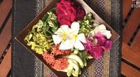 Thưởng thức món hoa rán giòn ngon nức tiếng tại Thái Lan