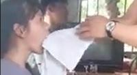 Thanh niên chữa câm điếc bằng cách… rút lưỡi là sinh viên âm nhạc