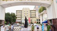 Giám đốc BV Bạch Mai cho biết hơn 200 người xin nghỉ việc
