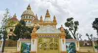 """Lâu đài """"dát vàng"""", bên trong toàn nội thất đắt đỏ của đại gia ở Hưng Yên"""