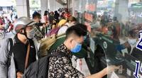 TP.HCM: Giá vé xe khách dịp lễ 30/4 tăng bao nhiêu ?