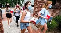 Tranh cãi: Nhiều trường Đại học ở Mỹ yêu cầu sinh viên phải tiêm vắc xin Covid-19 trước năm học mới