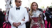 Jennifer Lopez chia tay bạn trai thứ 8