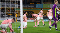 """Xuống hạng sớm, """"ngựa ô"""" Premier League mùa trước chạm kỷ lục tệ hại"""