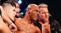 Đấu vật biểu diễn, Mike Tyson lỡ tay đấm thật, đối thủ... tím mặt