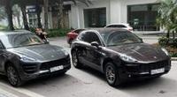 """2 xe sang Porsche cùng biển số """"gặp nhau"""" ở sảnh chung cư"""