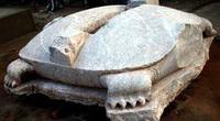Rồng đá, rùa đá bị chặt đầu ở Việt Nam: Hé lộ những ân oán