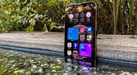 iPhone 12 Pro Max giảm giá khó tin, sức hút lớn với người Việt