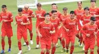 HLV Park Hang-seo và niềm tin… mâu thuẫn với hàng thủ Hà Nội FC