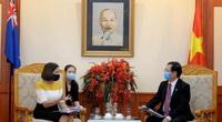 Bộ trưởng Khoa học và Công nghệ Huỳnh Thanh Đạt tiếp Đại sứ Australia
