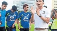 """ĐT Thái Lan gặp khó tại vòng loại World Cup, Kiatisak """"ra tay"""""""