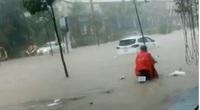 Nhiều tuyến đường ở Phú Quốc ngập sâu sau mưa
