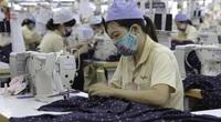 Dịch Covid -19 bùng phát trong khu công nghiệp: Công nhân chồng chất khó khăn