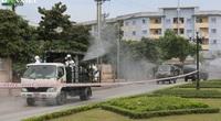 Clip: Xem cảnh Quân đội triển khai phun khử khuẩn ở Bệnh viện Bệnh nhiệt đới Trung ương