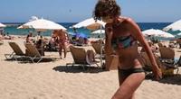 Tây Ban Nha mở cửa du lịch quốc tế nhưng yêu cầu bắt buộc du khách đeo khẩu trang tại các bãi biển