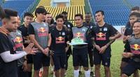 Tin sáng (7/5): V.League 2021 bị hoãn, HLV Kiatisak lên kế hoạch huấn luyện online