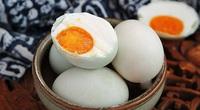 Làm trứng vịt muối thơm ngon tuyệt đỉnh đừng quên gia vị này