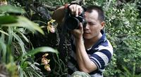 Lãng tử 12 năm liền lang thang trong rừng săn ảnh hoa lan, suýt chết vì lan