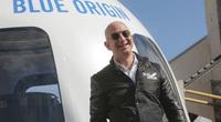 Triệu phú bí ẩn chi hàng triệu USD để ngồi cạnh Jeff Bezos trong chuyến bay lên vũ trụ