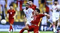 CLIP: Minh Vương ghi bàn, UAE... run bần bật