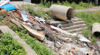 Hà Nội: Cận cảnh lòng hồ Linh Đàm nhếch nhác sau 1 năm thi công cầu vượt dưới thấp