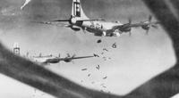 Mỹ và trận dội bom đẫm máu nhất xuống Tokyo: 200.000 người thiệt mạng