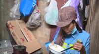 """Gần 300 công nhân quét rác bị nợ lương: """"Chúng tôi không biết phải đòi ai"""""""
