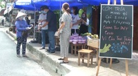 Ấm lòng suất cơm ngon giá 5.000 đồng hỗ trợ người nghèo mùa Covid-19