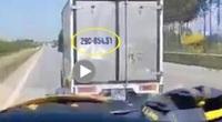 Xử phạt tài xế không nhường đường cho xe cứu thương