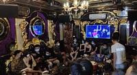 13 nam và 7 nữ tụ tập hát karaoke phản cảm giữa dịch Covid-19