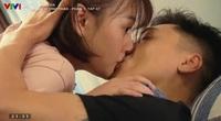 Khoảnh khắc Mạnh Trường hôn đắm đuối Phương Oanh trong 'Hương vị tình thân'