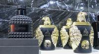 Hà Nội: Đột kích cửa hàng ở phố cổ, thu giữ hàng nghìn chai nước hoa Gucci, Dolce & Gabbana... không rõ nguồn gốc