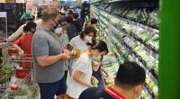 Chợ, siêu thị Hà Nội ngày đầu giãn cách xã hội: Nơi đông đúc, chốn thoáng đãng